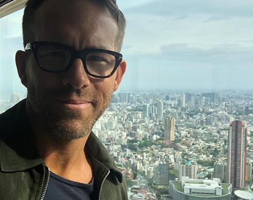 "Ryan Reynolds 2 1 Ryan Reynolds ha concluso in Giappone il tour di ""Deadpool 2"""