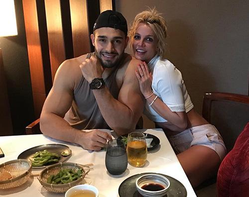 Britney Spears 1 Britney Spears a cena col suo Sam