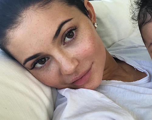 Kylie Jenner 4 Kylie Jenner cancella le foto di Stormi da Instagram