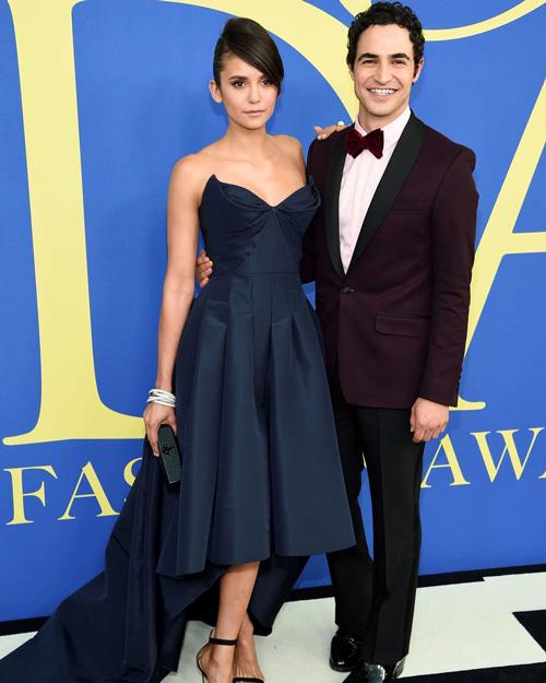 Nina e Zac Nina Dobrev, red carpet insieme a Zac Posen