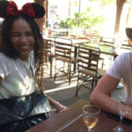 Zoe Kravitz 2 150x150 Zoe Kravitz a Disneyland col suo Karl