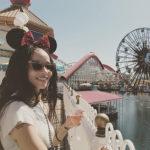 Zoe Kravitz 3 150x150 Zoe Kravitz a Disneyland col suo Karl