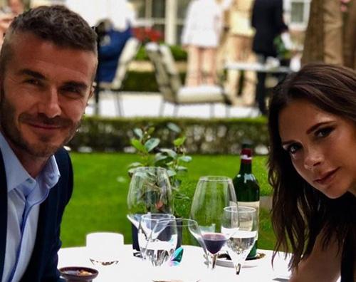 Beckham David e Victoria Beckham festeggiano 19 anni di matrimonio