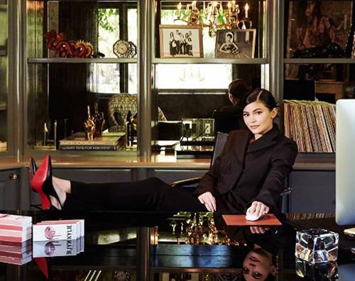 Kylie Jenner 2 Kylie Jenner è la giovane donna più ricca d'America