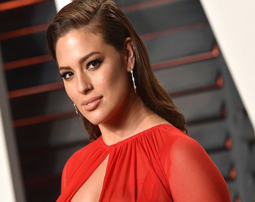 Ashley Graham, senza veli su Instagram