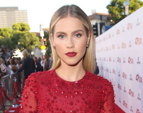 "Claire Holt 2 Claire Holt di ""The Originals"" è una donna sposata"