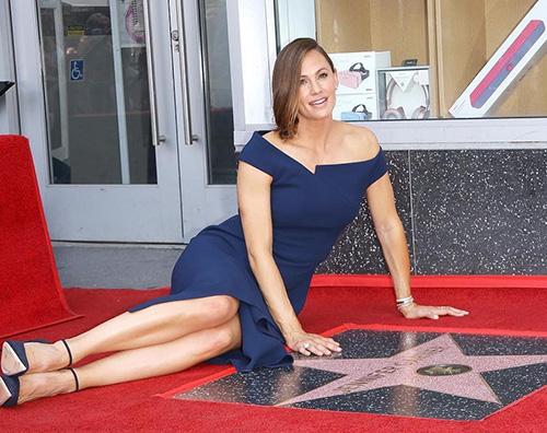 Jennifer Garner Jennifer Garner ha la sua stella sulla Walk Of Fame