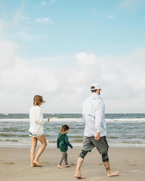 Jessica Biel 1 Jessica Biel condivide su Instagram una foto di famiglia