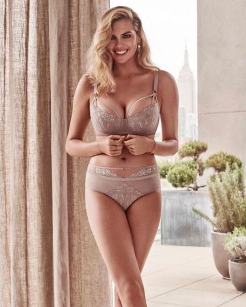 Kate Upton Kate Upton fisico sexy anche in gravidanza