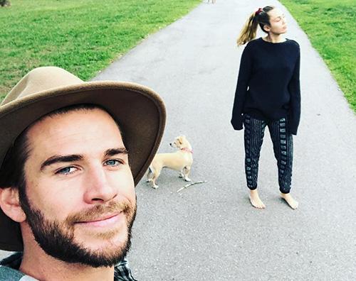Liam Miley Liam Hemsworth e Miley Cyrus, l'amore va alla grande