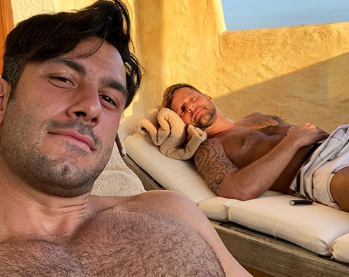 Ricky Martin PortoCervo TheGossipers Ricky Martin si rilassa in Sardegna con Jwan