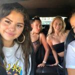 Selena 5 150x150 Selena Gomez in bikini su Instagram
