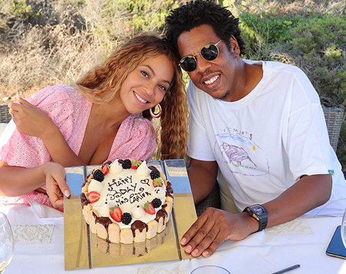 Beyonce 2 Beyonce, le foto del suo compleanno in Sardegna