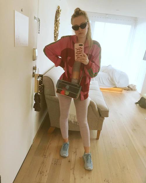 Dakota Fanning Dakota Fanning, sporty chic su Instagram