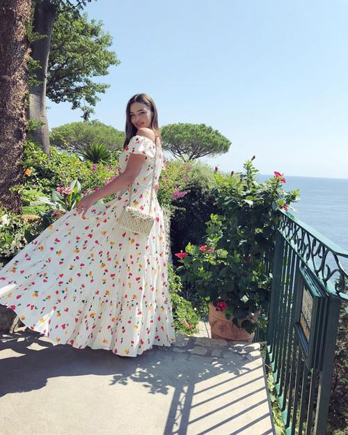 Miranda Kerr Anche Miranda Kerr è in vacanza in Italia