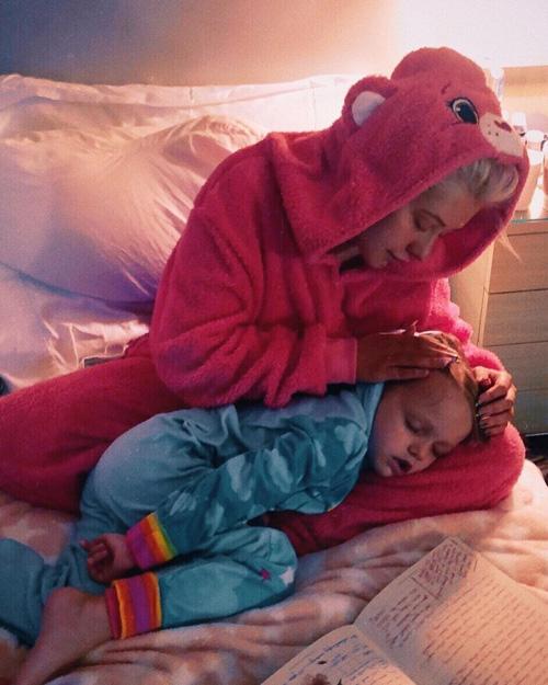 Christina Aguilera Il pigiama di Christina Aguilera fa venir voglia di coccole