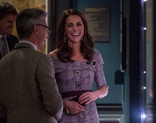 Kate Middleton 2 Kate Middleton elegantissima al V&A Museum