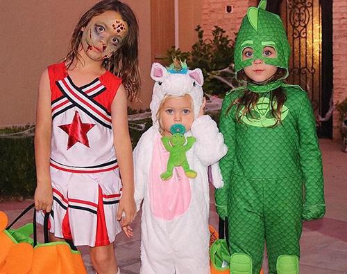 Megha Fox 1 Megan Fox mostra i suoi figli su Instagram per Halloween
