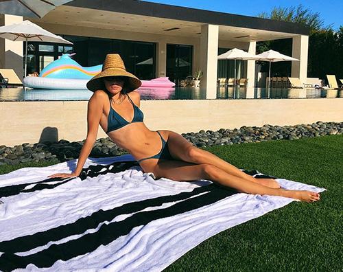 kendall jenner Kendall Jenner, dopo il tacchino è pronta per la prova costume