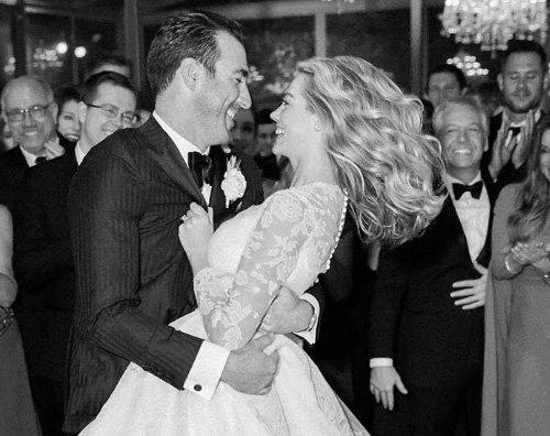 Kate Upton Kate Upton festeggia il suo primo anniversario di matrimonio