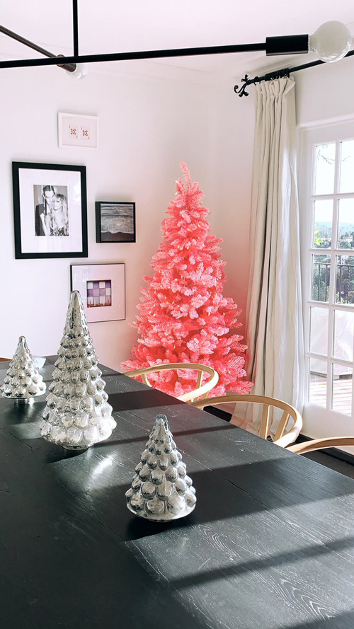 Ashley Tisdale 2 Ashley Tisdale, capelli rosa per Natale