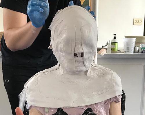 Julianne Moore Indovina la testa di gesso