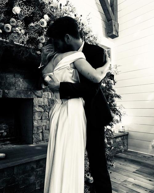 Miley Cyrus Liam Hemswort 1 Miley Cyrus e Liam Hemsworth si sono sposati