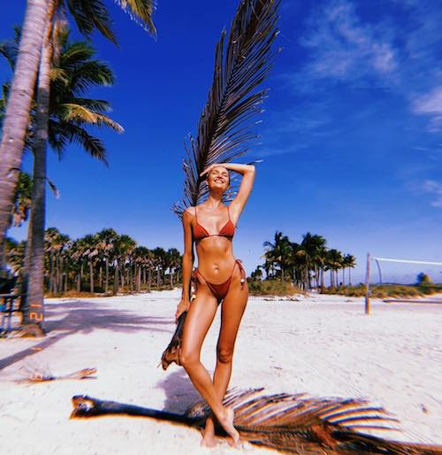 46379977 1809105919198626 1403668274921905345 n Candice Swanepoel in bikini su Instagram