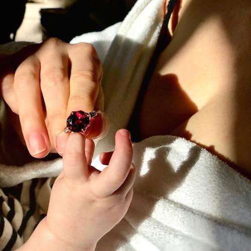 Jessica Chastain Jessica Chastain, prima foto social con Giulietta
