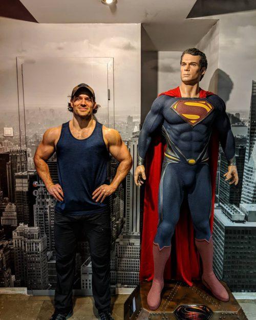 50183206 169279130716794 6107146743562112910 n e1549446546488 Henry Cavill si allena insieme a Superman