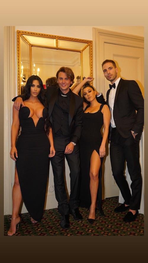51110190 2273692336244609 8261451762047300116 n Kim Kardashian hot allamfAR Gala 2019