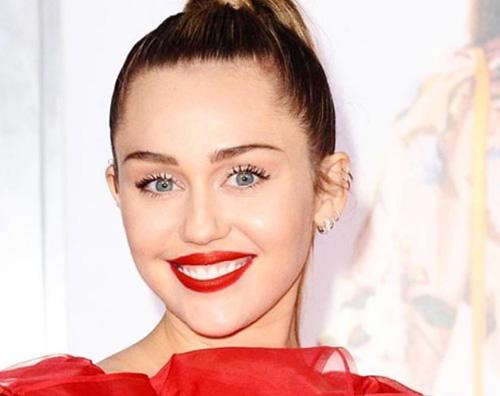 Miley Cyrus Miley Cyrus: Sono sobria da 6 mesi