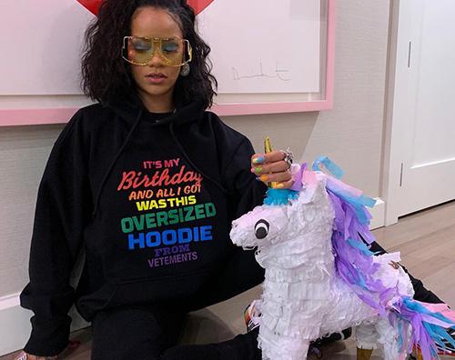 Rihanna Rihanna ha compiuto 31 anni