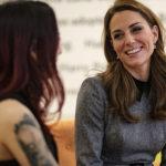 Kate 2 150x150 Kate Middleton fa visita al Kings College insieme alla regina