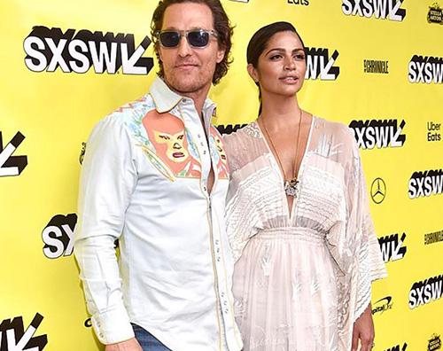 Matthew Camila Matthew McConaughey arriva al SXSW con sua moglie Camila