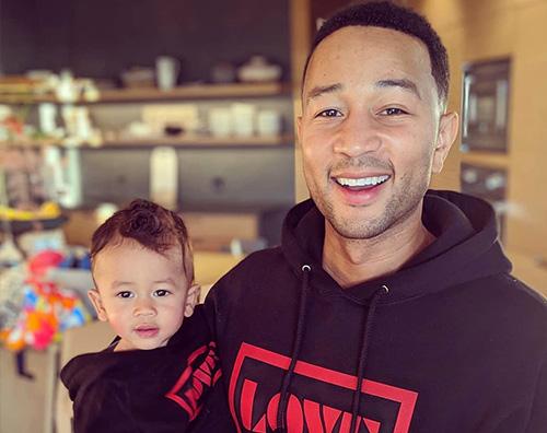 John Legend John Legend e suo figlio Miles sono identici