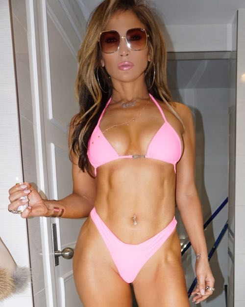 54511736 316967565645454 8578839487780592093 n JLo è hot sul set di Hustlers
