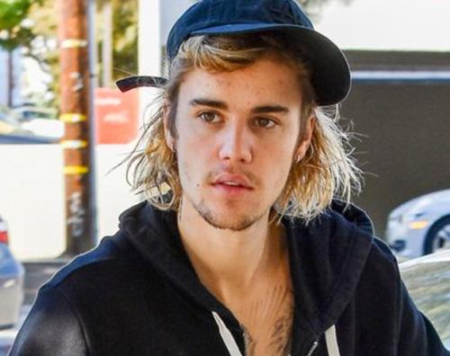 Justin Bieber Justin Bieber è andato a pesca