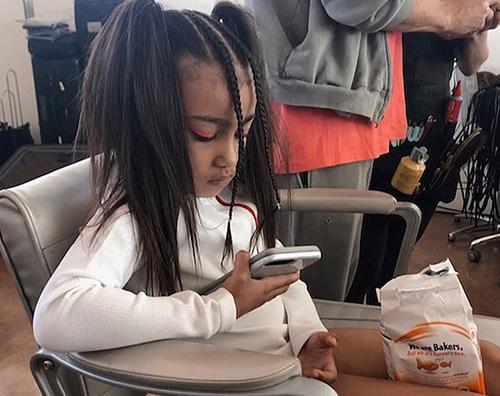 North West North West come una baby modella su Instagram