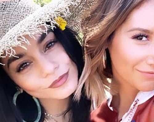 Vanessa Ashley 2 Vanessa Hudgens e Ashley Tisdale si ritrovano al Coachella