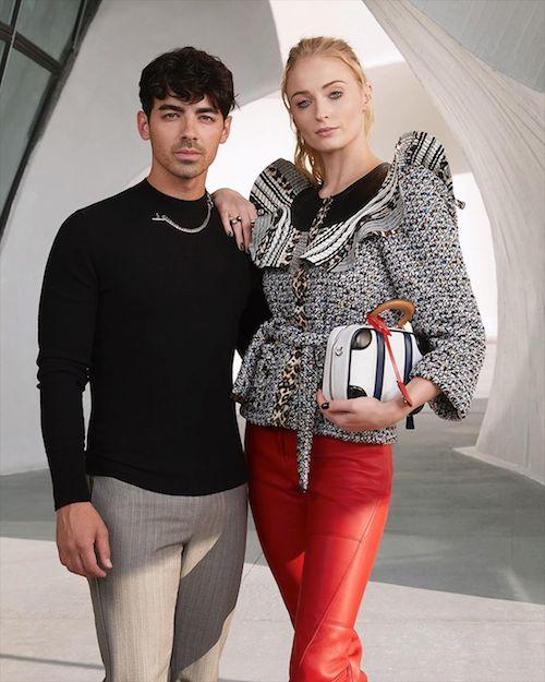 55842853 2257991297617363 4573760309655870011 n Emma Stone stilosa alla sfilata Vuitton