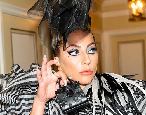 Lady Gaga 2 Lady Gaga è arrivata a NY per il Met Gala 2019