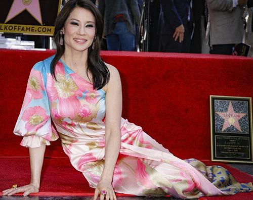 Lucy Liu 2 Lucy Liu ha la sua stella sulla Walk Of Fame