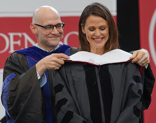 Jennifer Garner è una dottoressa!