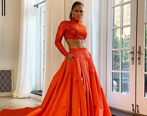 Jennifer Lawrence Jennifer Lopez mostra gli addominali ai CFDA Fashion Awards