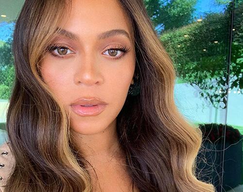 beyonce 2 Beyonce stilosa alla Oracle Arena