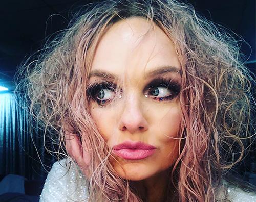 emma burton Emma Burton, il selfie social dopo lo show di Bristol