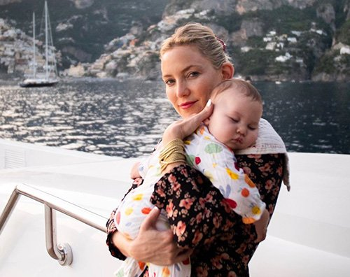 kate hudson 1 Kate Hudson ad Amalfie con Rani