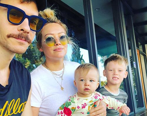 HILARY DUFF Hilary Duff, mattinata in famiglia