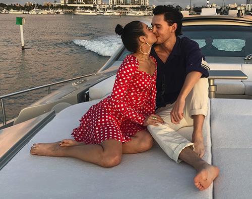 vanessa hudgens austin butler Vanessa Hudgens e Austin Butler, romantici su Instagram